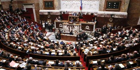 Attentats-a-Paris-suivez-les-questions-aux-gouvernement-post-attentats-du-17-novembre
